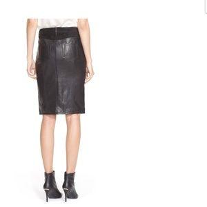 Burberry leather skirt